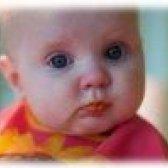 Що повинен уміти дитина в 8 місяців