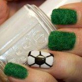 Дизайн нігтів на тему чемпіонату світу з футболу 2014