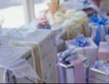 Що подарувати на весілля молодим, гроші або подарунок?