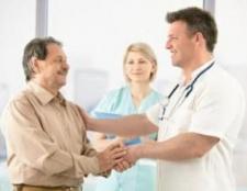 Який лікар лікує грибок нігтів