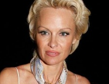 Памела Андерсон спробувала заборонити косметику, протестовану на тварин